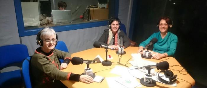 Marta Planes de Margarita, l'Anna Rosa Jansà de la papereria Neki i la Marina Figueras de la Juunta de DiE